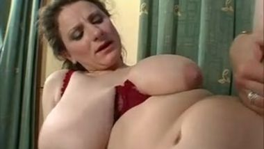 milfs love to fuck