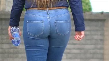 Very young Teenager Teenie Girl in tight Jeans ass