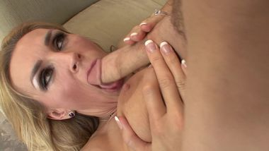 Blonde MILF Tanya Tate wants some younger cock in her