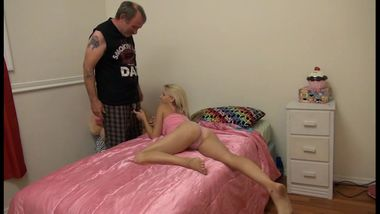 dad_fucks_her_young_teen_daughter