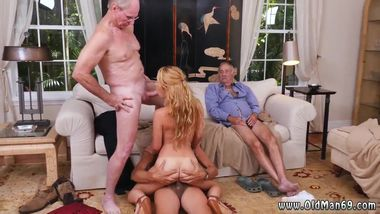 Old creampie hd Frankie And The Gang Tag Team A Door To Door Saleswoman