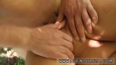 Old man cums inside Vivien meets Hugo in the park and can't resist him...