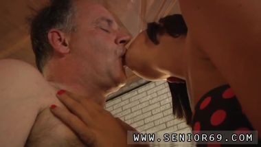 Old man sex girl movies xxx When Eric is doing his workout he is truly